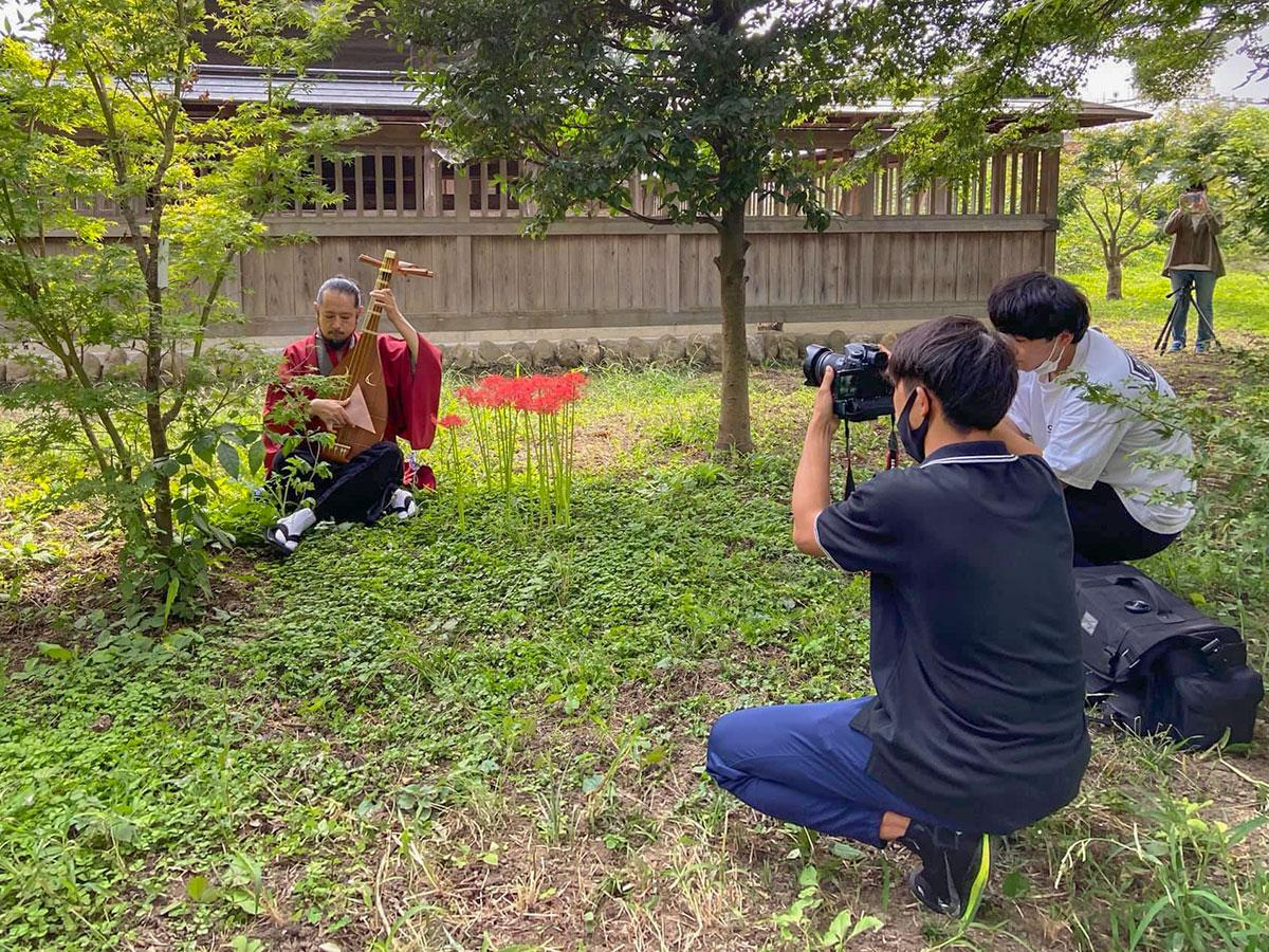撮影は妻沼聖天山のほか実盛公伝承の史跡を巡って行われた(画像提供=上籔よう子)