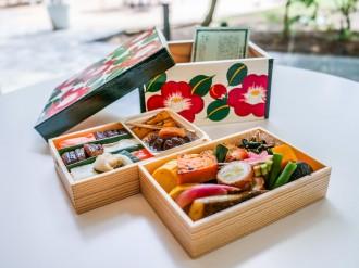 KKRホテル熊本、伝統工芸館と「花手箱」のコラボ弁当 ドライブスルーで受け取りも