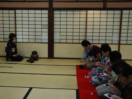 倉敷で作られたうつわを使ったお茶会も(写真提供=大原美術館)