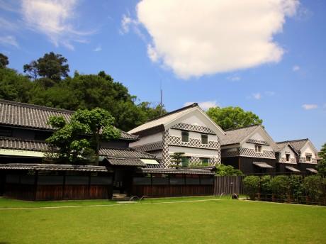 「塩づくり体験館」がある旧野崎家住宅