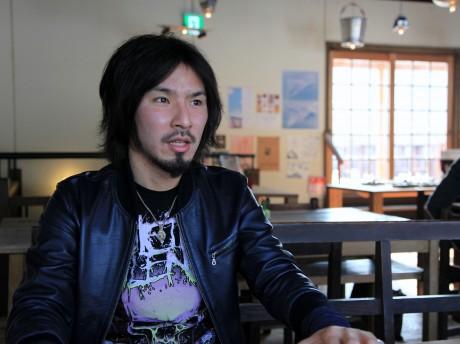 現役ドラマーでもある「NOHEROES」代表の山田晋司さん