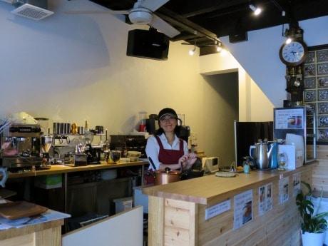 「倉敷茶房」店主の三木希美さん