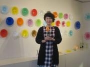 倉敷でガラス作家オカモトヨシコさん個展 メキシコ主題に色彩豊かな新作200点