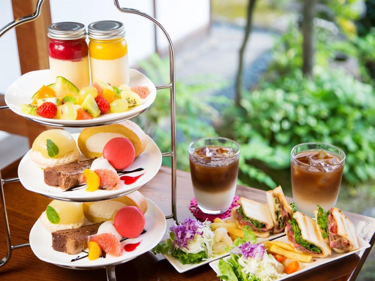 「café 庭」のアフタヌーンティーセット