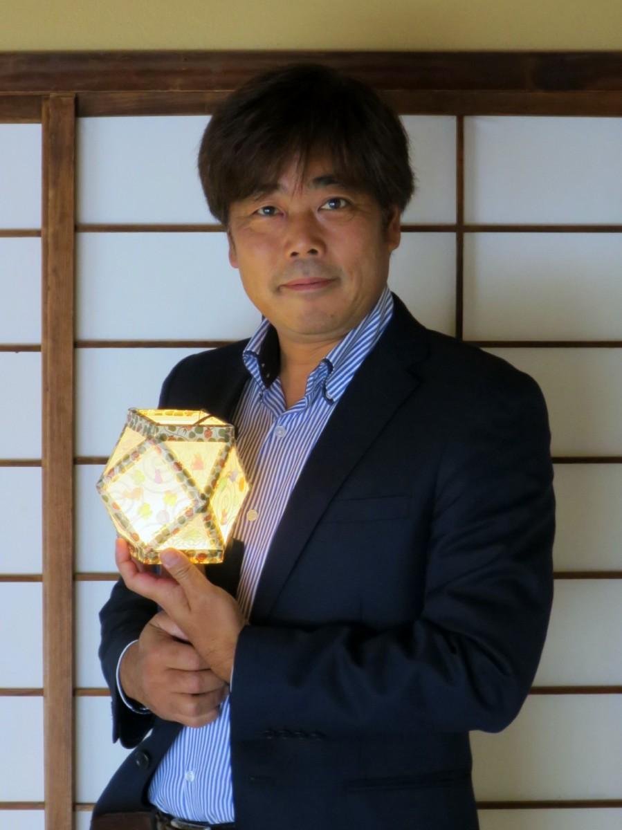 「倉敷光作所」所長の須山恭安さん