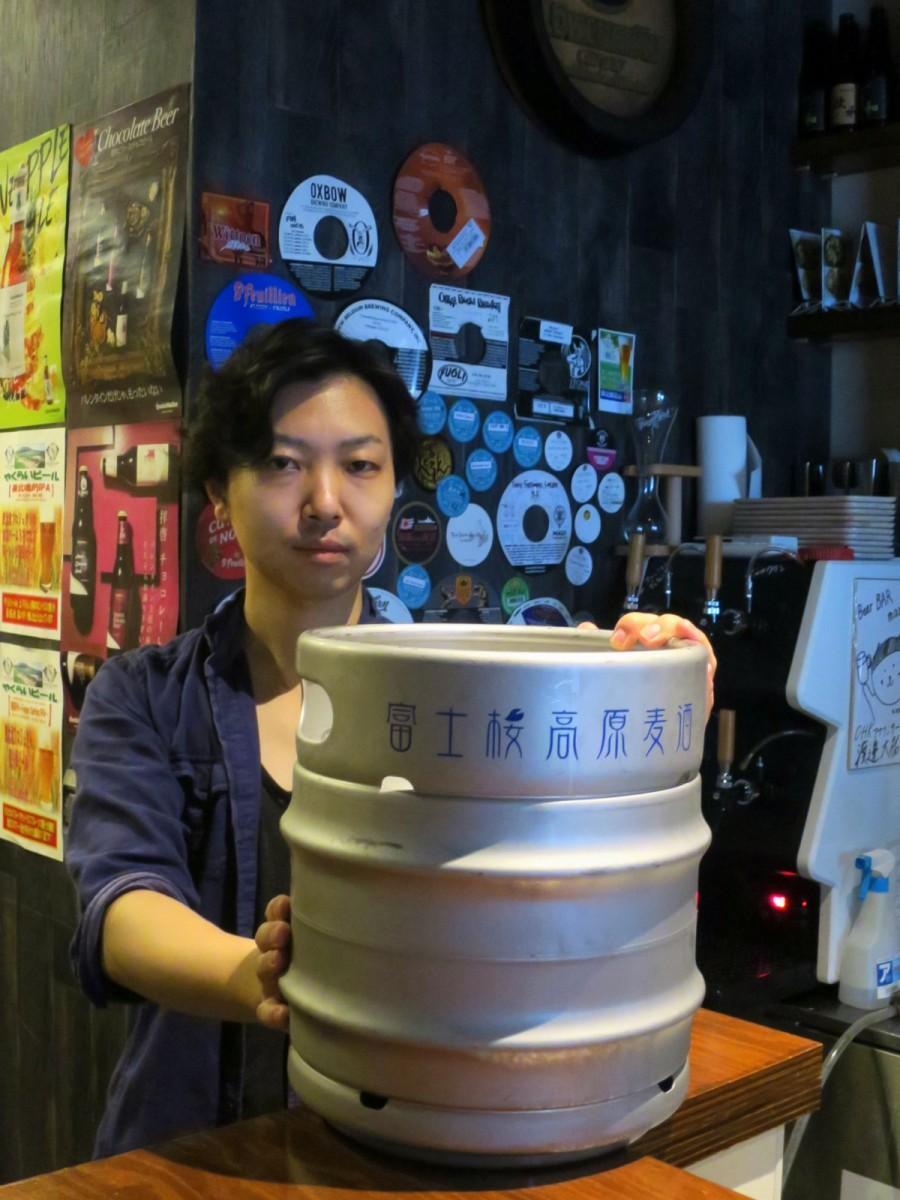 全国の醸造所からセレクトする「marugen」の今井健店長