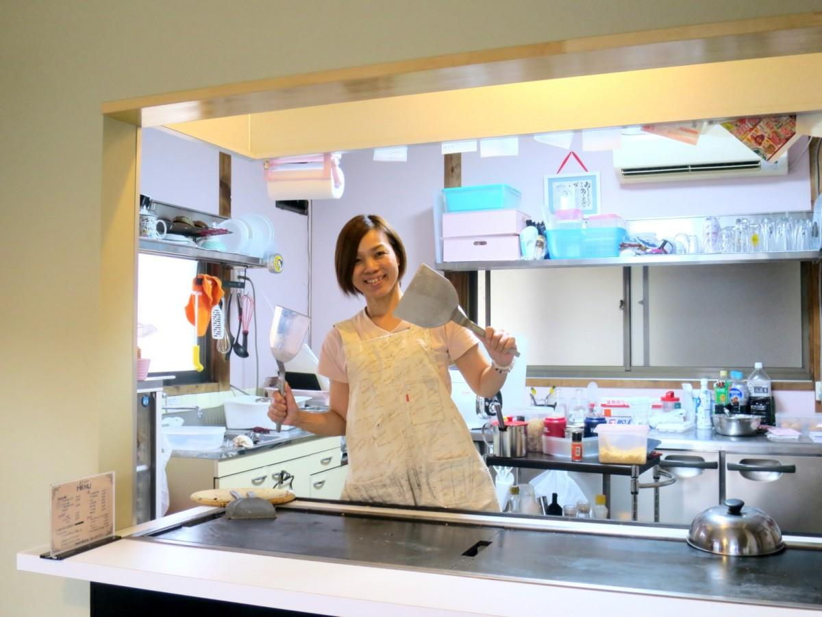 「お好み焼き まつお」店主の松尾素子さん