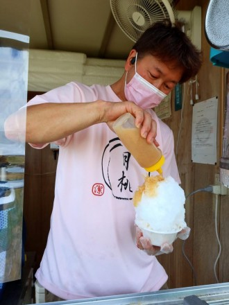 夏限定・桃農家のかき氷店10年目 倉敷・連島に移転