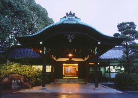 1959(昭和34)年に開業した太閤園。50年間変わらず格調高い「和」のしつらいが国際的にも評価されている
