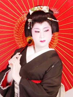 女優・ピアニストの川嶋杏奈さん