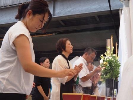 第62回京橋駅空襲被災者慰霊祭の様子