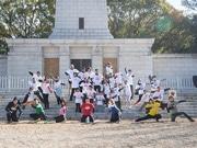 「Tシャツ戦隊プリントレンジャー」、大阪城公園でクリーンラン
