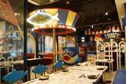 京橋にサバ料理専門店「サバ―プラス」 遊園地のような店内「サバ―ランド」