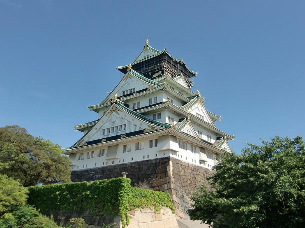 大阪城天守閣の外観