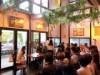 京橋のカフェで「食べるお芝居」上演 「役者と客の交流の場」創出図る