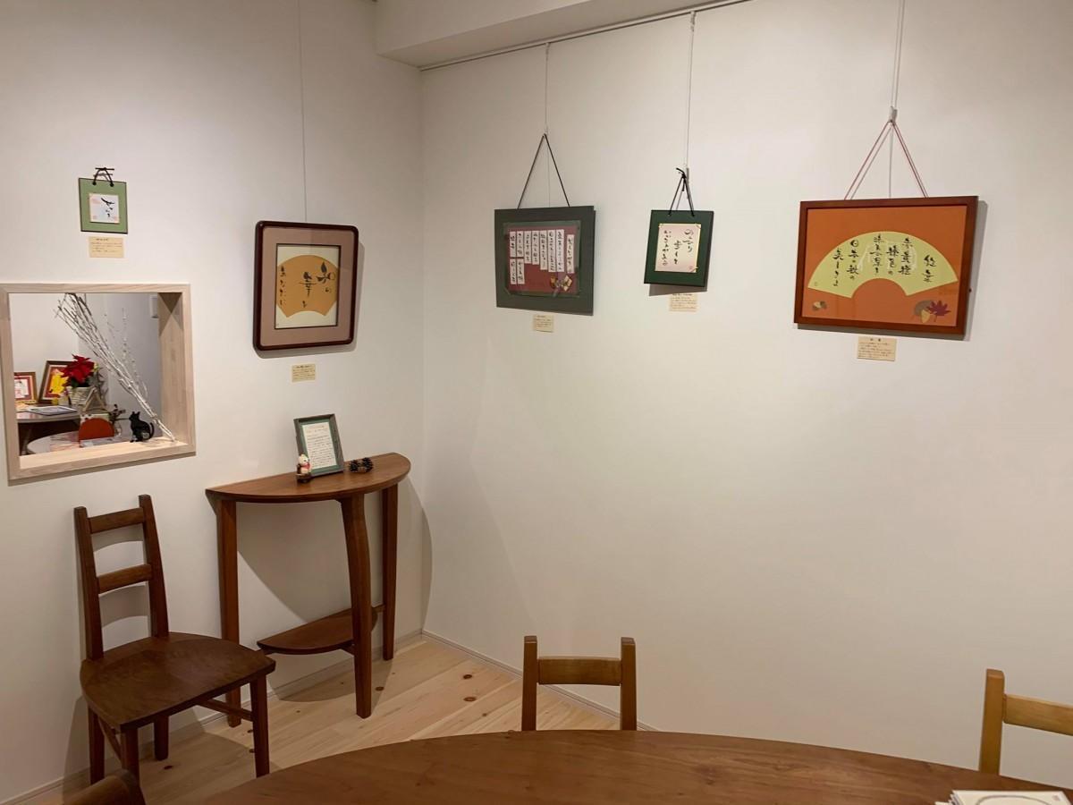 「plumcafe」内「plum gallery」の様子