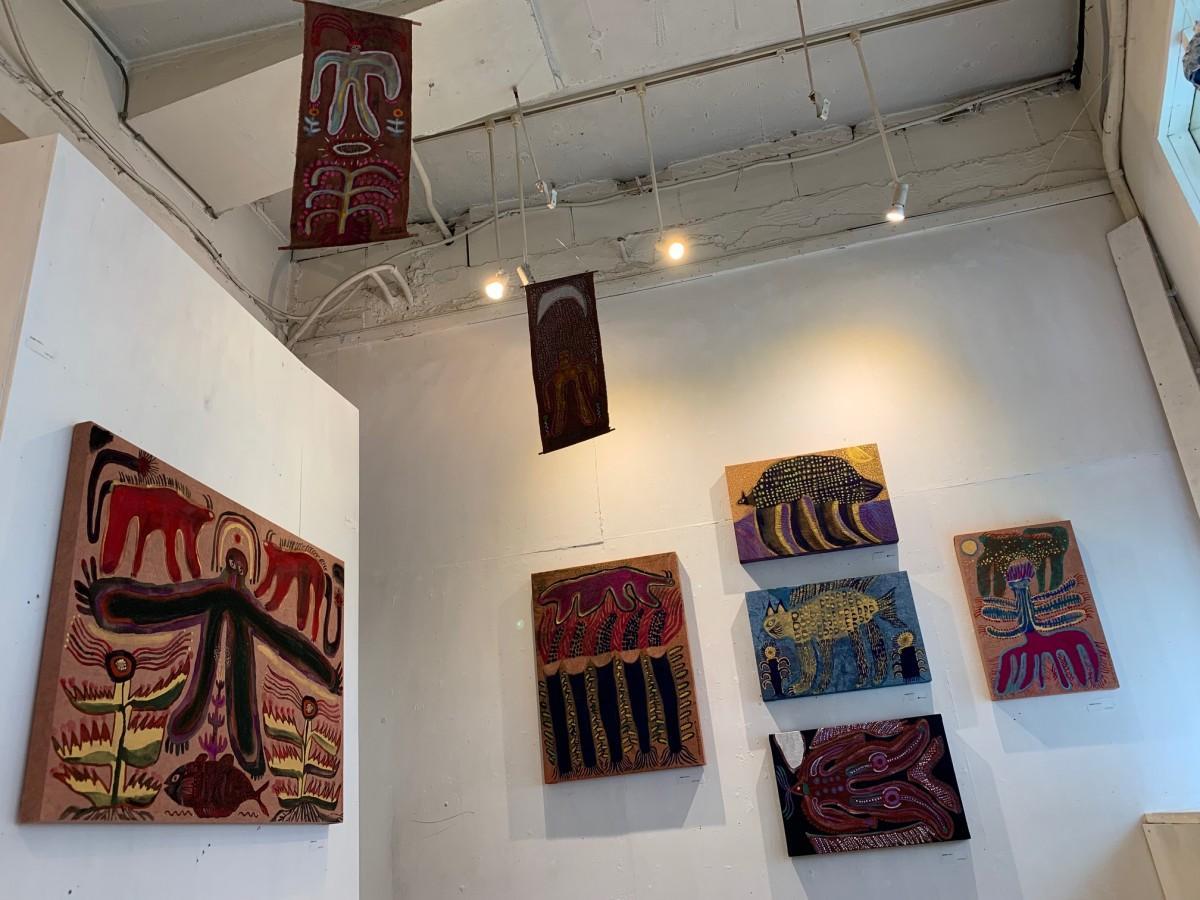 ギャラリー「芝生」の展示スペース