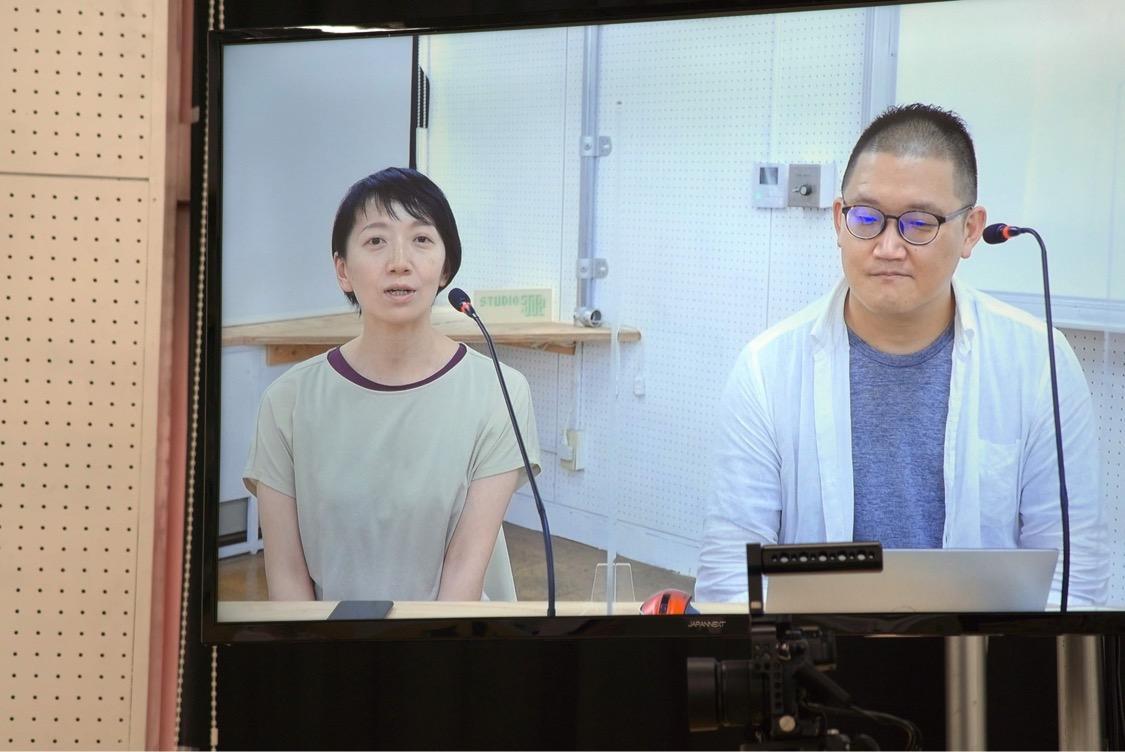 オンライン説明会で新規メンバー募集を呼びかけるディレクターの矢野靖人さんと「shelf」劇団員で『東京で(国)境をこえる』事務局員の川渕優子さん