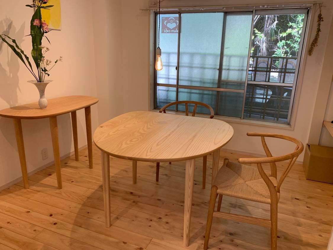 「経堂アトリエ」1階の「plumcafe」