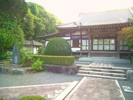 簗田寺  ©hiROki