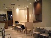 太陽のトマト麺Next町田東急ツインズ店内