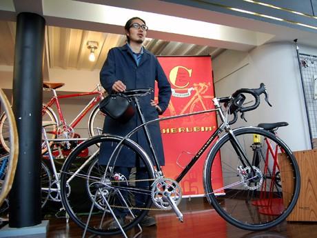 長距離走行向け自転車「Rambler」とケルビム今野真一社長