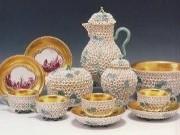 色絵金彩貼花文「スノーボール」ティーサービス 1740-60年