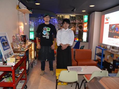 店長の剱崎さん(左)と副店長の松井さん