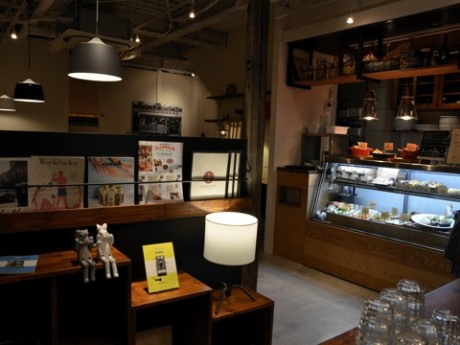 CHIEZO CAFE店内