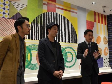 デザインコンセプトを説明する店舗開発部の佐藤弘樹部長、ティモテの飯高健人さんと石井怜さん