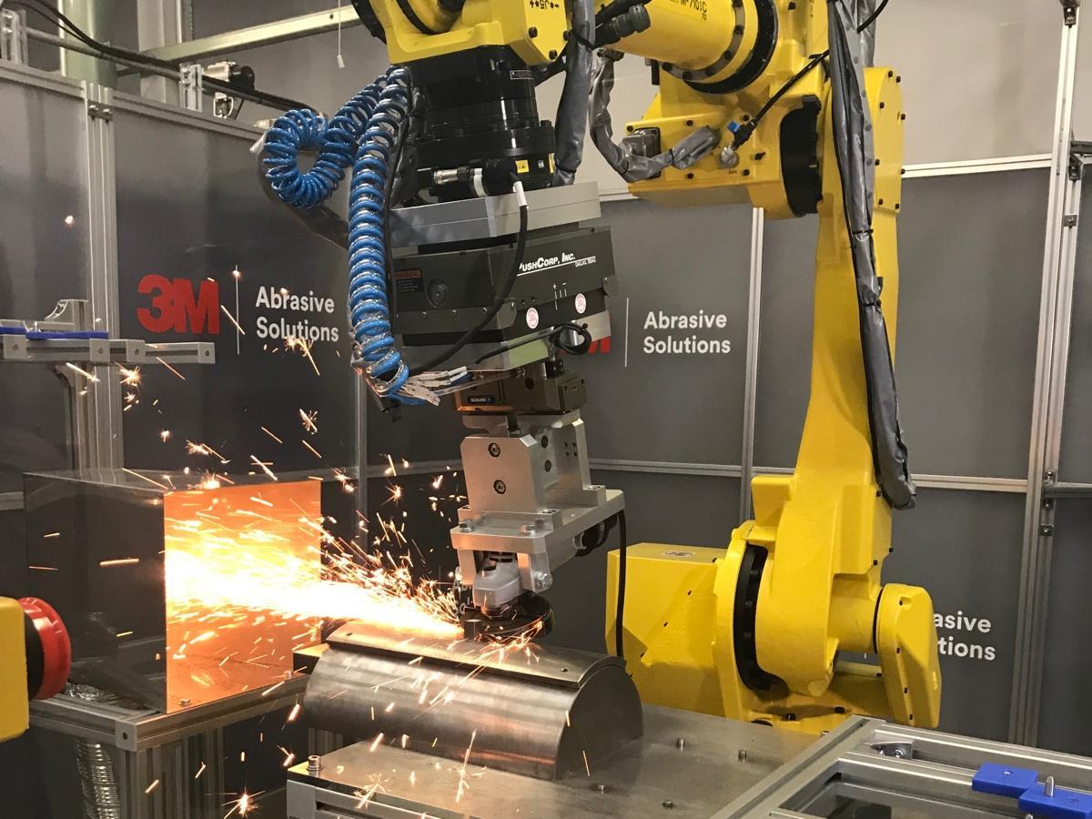 3Mロボット研磨ラボの研磨工程