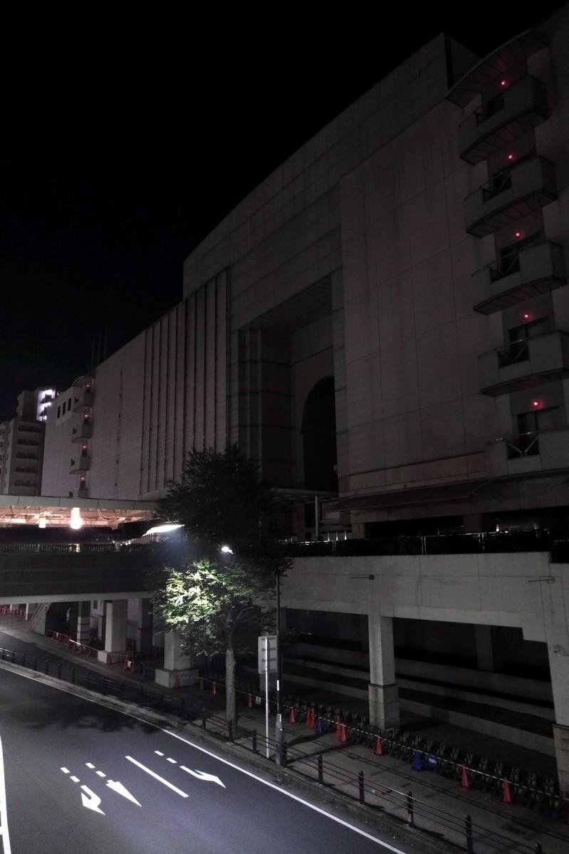 伊勢丹閉店後、暗くなった相模大野の街