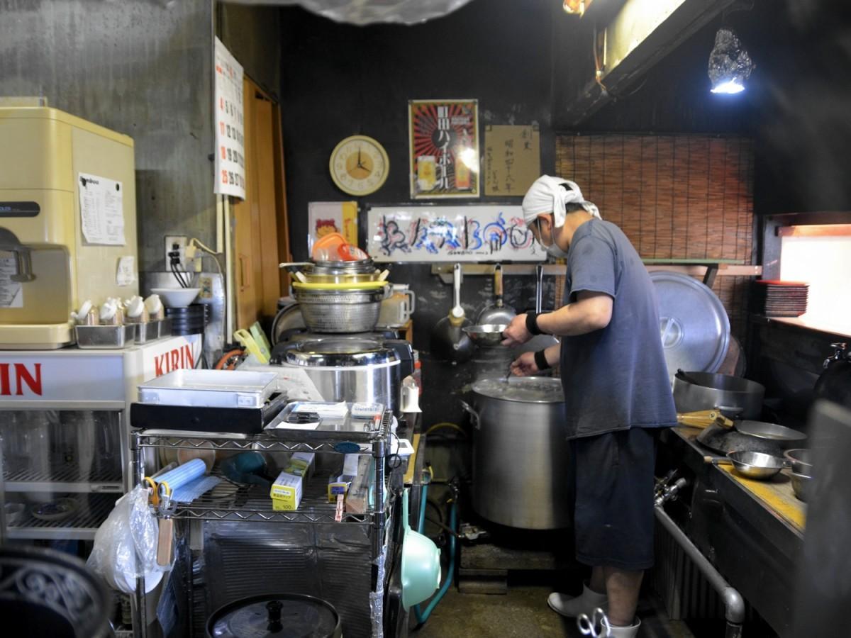 バンブーの厨房。50年前からほとんど変えていないという。