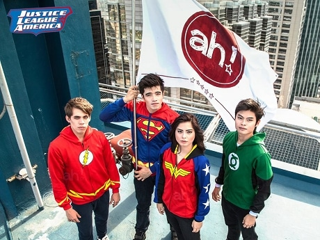 スーパーヒーローチーム「Justice League(ジャスティス・リーグ)」のフーディー