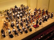 松戸シティフィルがコンサート ソリストに中高生、バイオリンとトロンボーン