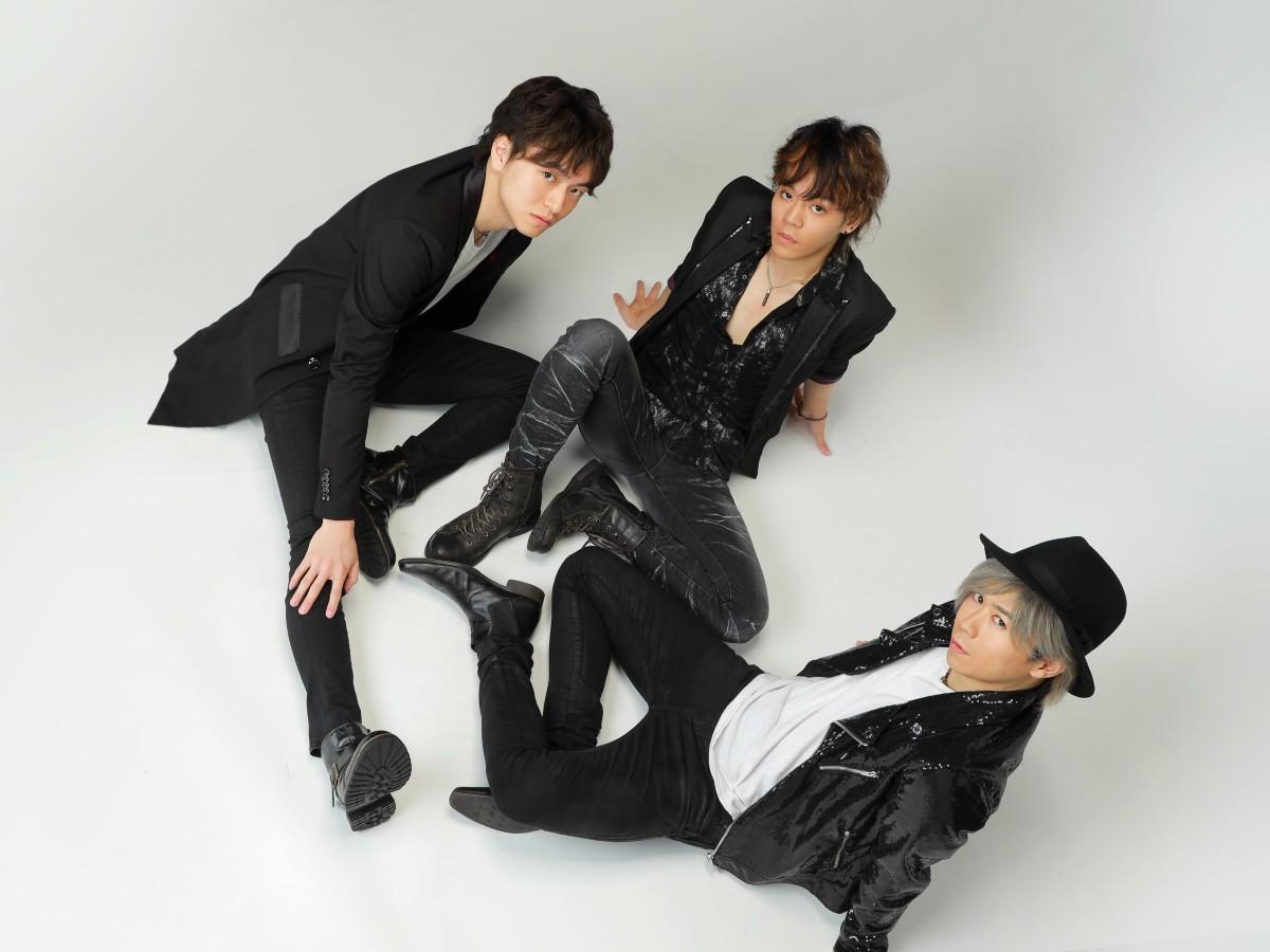 2010年に結成された3人組ロックバンドRebellioN