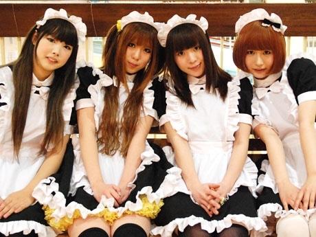 松本初となるメード喫茶「Angel」のメードスタッフ。