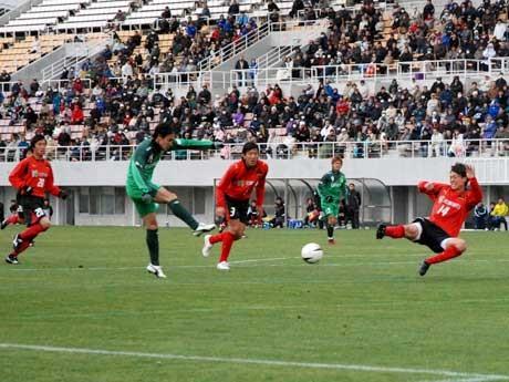 JFL昇格を決めた松本山雅FC(写真は対ツエーゲン金沢戦)。