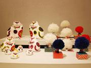松本のギャラリーカフェで「招き猫展」-張り子などさまざまな作品130点