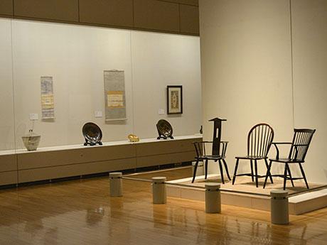 リーチが監修した松本民芸家具の椅子も