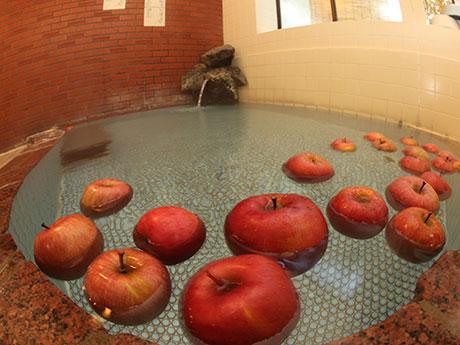 「さわやかな香りが楽しめる」というリンゴ湯