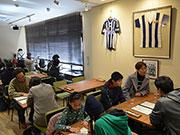 松本にクラブの原点「喫茶山雅」、40年ぶり復活 「アルウィンの熱気、街にも」