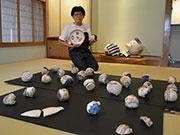 松本・浅間温泉で栢野紀文さん陶展 20年経て向き合ったオブジェも