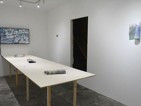 1階は武政さんの作品を展示