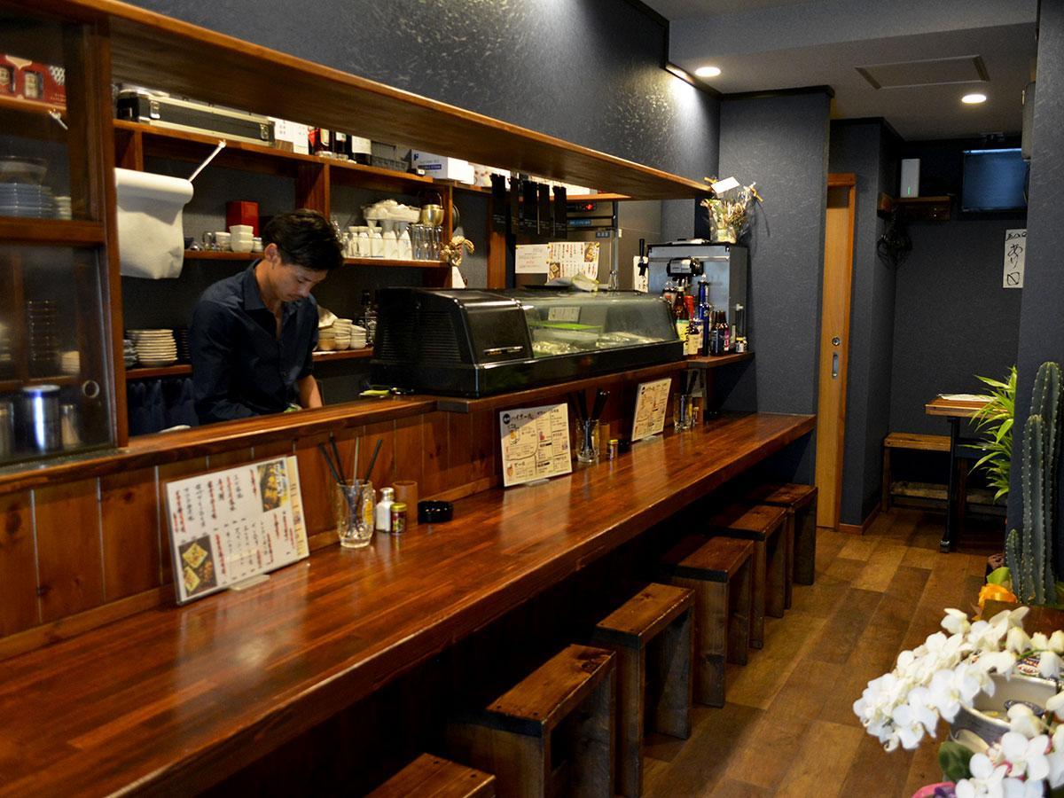 「メニューもお酒も、今後さらに増やしていければ」と中沢さん