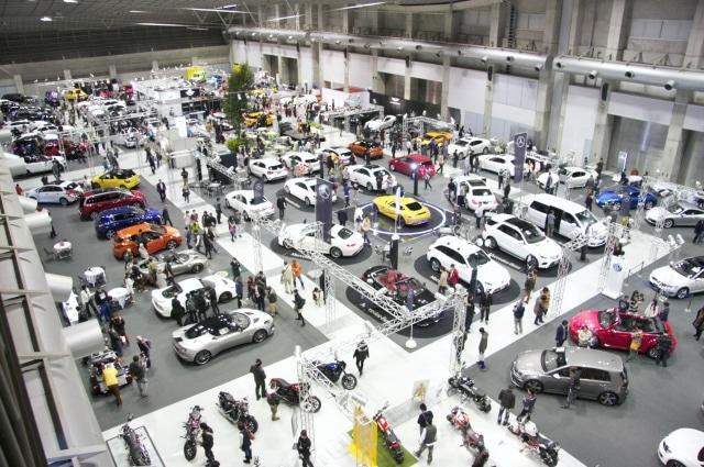 松山で恒例「愛媛輸入車ショウ」 輸入車100台が一堂に