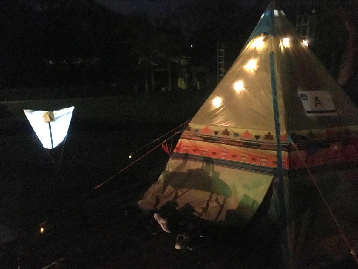 園内に設置されたテント
