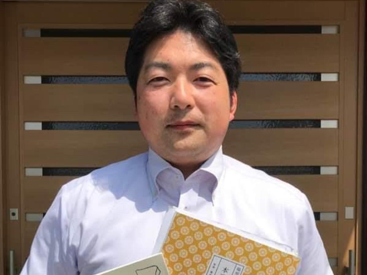 「松山えびす大学」を主催する、社会保険労務士の一橋克也さん