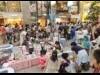 松山の中心市街地で恒例「土曜夜市」 230店出店