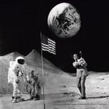 下目黒のギャラリーでジェームス・ボンド写真展 貴重なオフショットも